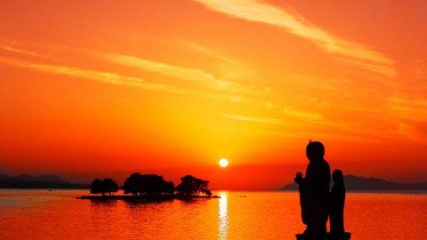日本一の夕日を拝むコツ。松江市ウェブサイトの宍道湖夕日情報が便利すぎる
