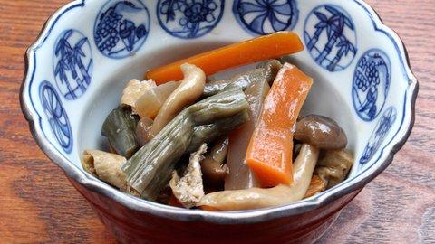 何これ美味しい!冬こそ食べたいおふくろの味・芋がら(ズイキ)の食べ方