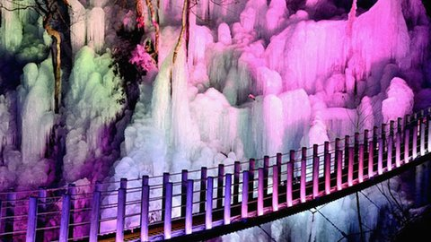 埼玉のつららが美しすぎる。一生に一度は見ておきたい秩父路三大氷柱
