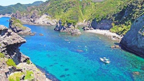 【伊豆の奇跡】限りなく透明に近い青の秘境「ヒリゾ浜」に行く方法