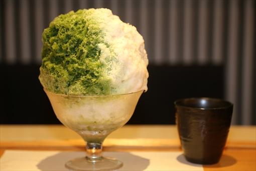 ▲7月17日(月)、緋毬(ひまり)の上品なカキ氷「宇治ミルク」