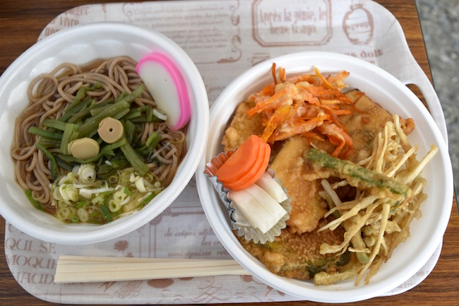 山菜そば/500円、蔵出し天丼/600円