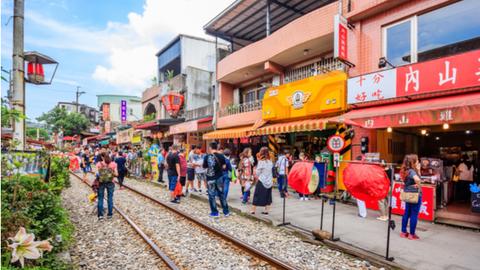 幻想的な台湾ランタン祭り「平渓天燈祭」の行き方と帰り方
