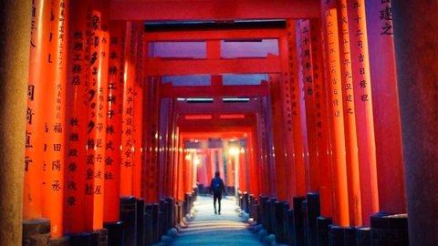 伏見稲荷「千本鳥居」を抜けると…。知られざる京都のパワースポット
