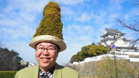 おじさん、頭にコケが!? 岸和田市で環境緑化に取り組む「苔おじさん」