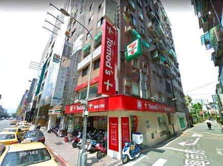 台湾人に人気の日本のお菓子は?現地の「トモズ」に行って驚いたこと