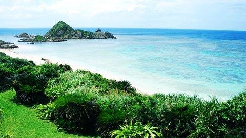 そろそろ沖縄恋しい。日本の美しき離島「石垣島」で早くも海開き