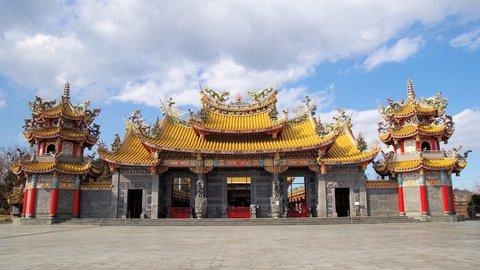 出でよ、5000頭の龍。台湾のお寺みたいな埼玉の「聖天宮」で願い事を