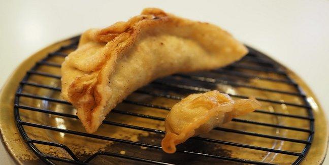 きっかけは学校給食。三重県津市の名物になった巨大餃子「津ぎょうざ」