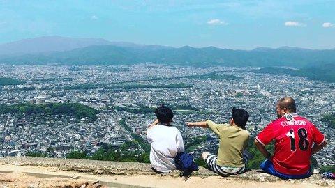 京都市内から30分ですぐ絶景。子連れで行ける週末「プチ登山」が人気