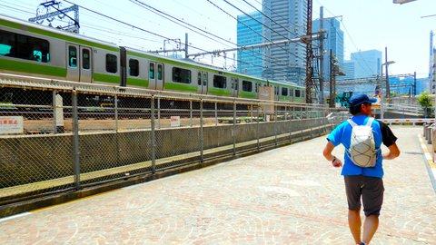 山手線一周を走って旅したら、まだ見知らぬ「東京」に出会えた