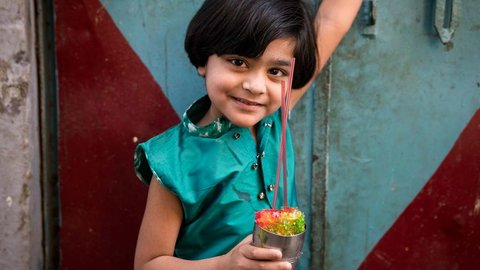 インドでカレーに飽きたなら。三井昌志が旅で出会った「食の風景」