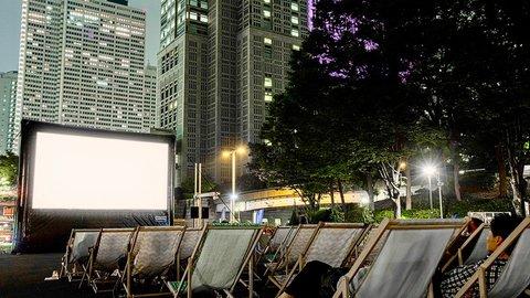 夏の「野外映画祭」が人気拡大。夜×野外の開放的な雰囲気が気持ちいい