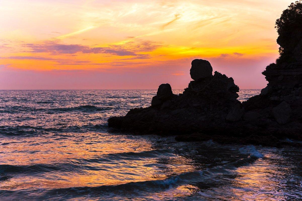 日本の夕日は美しい。絶景の夕日が見れる全国スポット ...
