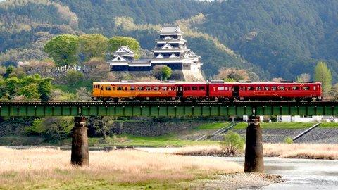 あの絶景を鉄道で。憧れの全国「観光列車」ランキング TOP10