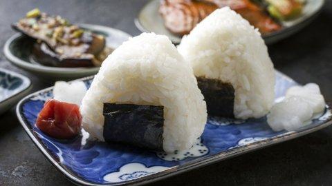 おにぎりに、のりは巻かない。富山県では当たり前の食べ方とは