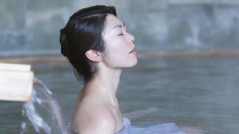大阪・神戸もすぐそば。地元住民が愛する天然温泉スパ「湯の華廊」