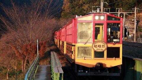 梅田、河原町を押さえた第1位は?関西版デートで行きたい駅TOP10