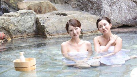 既婚者の約9割が「友だちと旅行したい」、男子・女子旅のホンネ調査