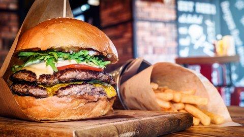 いま食べたい日本の絶品「ハンバーガー」、百名店が決定【2018】