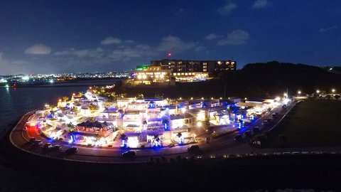 美しい沖縄の離島・瀬長島で新体験。最新「没入型」プロジェクションマッピング