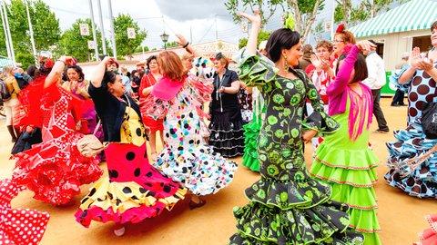 情熱の国スペインの3大祭り、色彩豊かな「セビージャの春祭り」