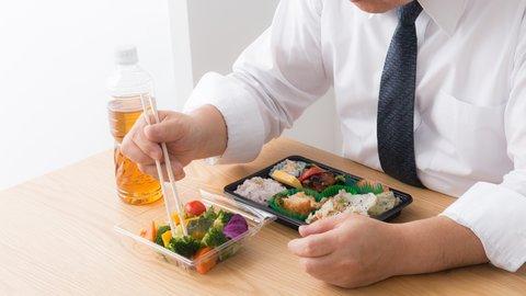 食べるよりも休みたい?都心部ビジネスパーソンのランチ事情