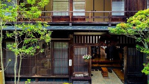 ニッポンのここがスキ。外国人がわざわざ泊まりに訪れるスゴイ宿