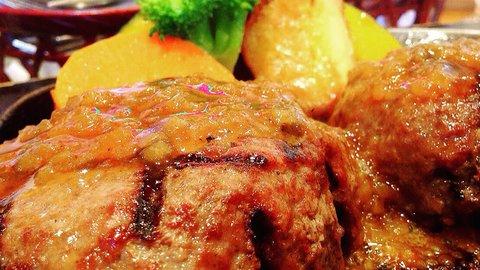 もはや静岡のソウルフード。炭焼きハンバーグ「さわやか」の魅力徹底解説