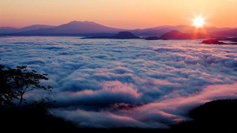 幻想的な自然の絶景。一生に一度は見たい、日本国内「雲海」7選