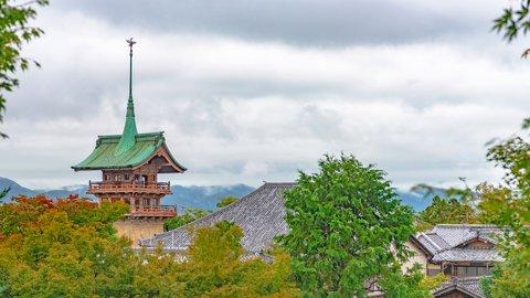 京都には金閣寺・銀閣寺のほかに、実は「銅閣寺」も存在した!