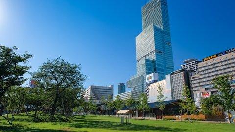 子連れもデートも。お気軽ピクニックを楽しめる大阪の「公園」8選