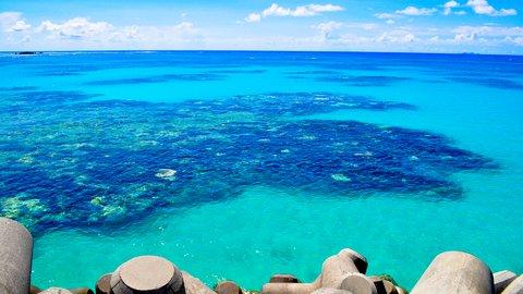 果てしない青に癒されて。日本の絶景「離島」おすすめ8選