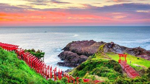 朱色に目を奪われる。西日本の神社にある美しき「千本鳥居」8選