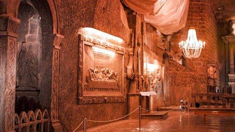 名もなき抗夫たちが残した巨大遺産。地下に眠る「ヴィエリチカ岩塩坑」