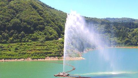 日本で1番高い噴水はどこ?全国「変わりダネ日本一」選手権