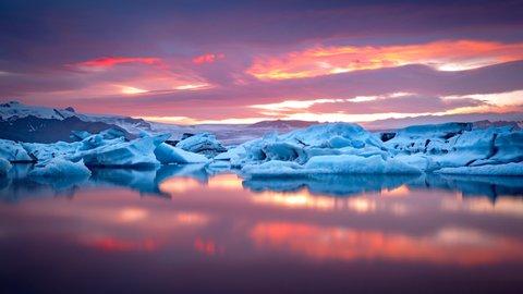 水面に映る逆さまの世界…絶景に魅せられる、美しき「リフレクション」7選