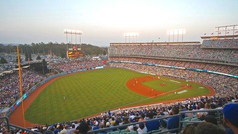 アメリカ観光の強い味方。Uber(ウーバー)で野球観戦に行く方法