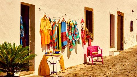 沈黙の音が聞こえる村。ポルトガルの絶景がつまった「モンサラーシュ」