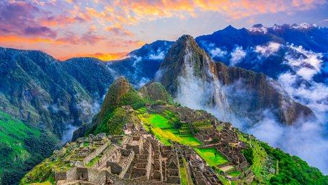 天空の要塞都市、マチュピチュ。謎に包まれた国「ペルー」旅の基本