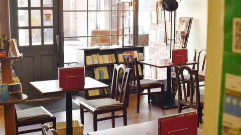 290人の名探偵を輩出。金沢にある日本初の「ミステリーカフェ」