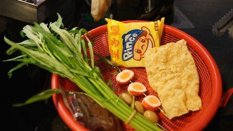 台湾のローカル・グルメ「ルーウェイ」が美味しすぎてハマる理由