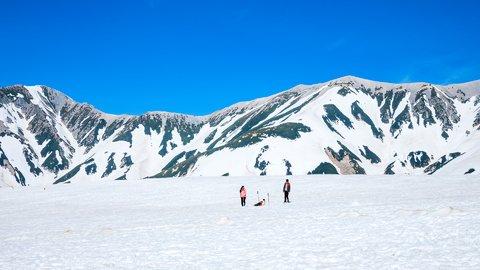 冬こそ見たい景色がある。立山黒部に抱かれた富山をめぐる旅