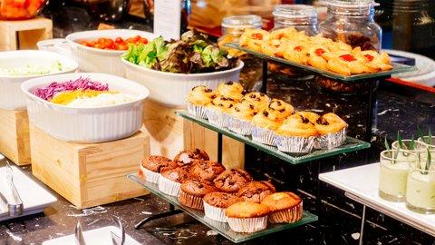コスパ最高。1,000円台で贅沢すぎる、ホテルの絶品「朝食ビュッフェ」ベスト8