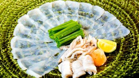 冬こそ食べたい旬の味覚。「フグ旅行」で行きたい人気エリアTOP5