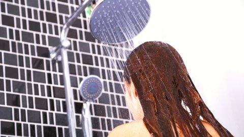 毎日、髪を洗ってはいけないの?スイスでは通用しない日本の常識