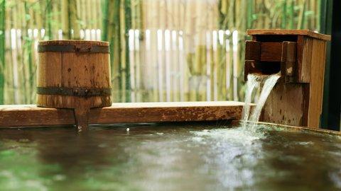 夏の温泉はぬる湯がアツイ。新潟「栃尾又温泉」で心と体を癒す旅