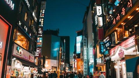 ペアルックは当たり前?外国人が気になっていた日本と海外の恋愛事情