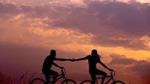 会えない時間が愛を育む…のか?ヒミツにしておきたい「遠距離恋愛」の話