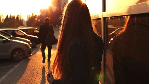 辛い別れ…恋の障害がなければ、元カレと今カレどちらを選ぶ?【ランキング】